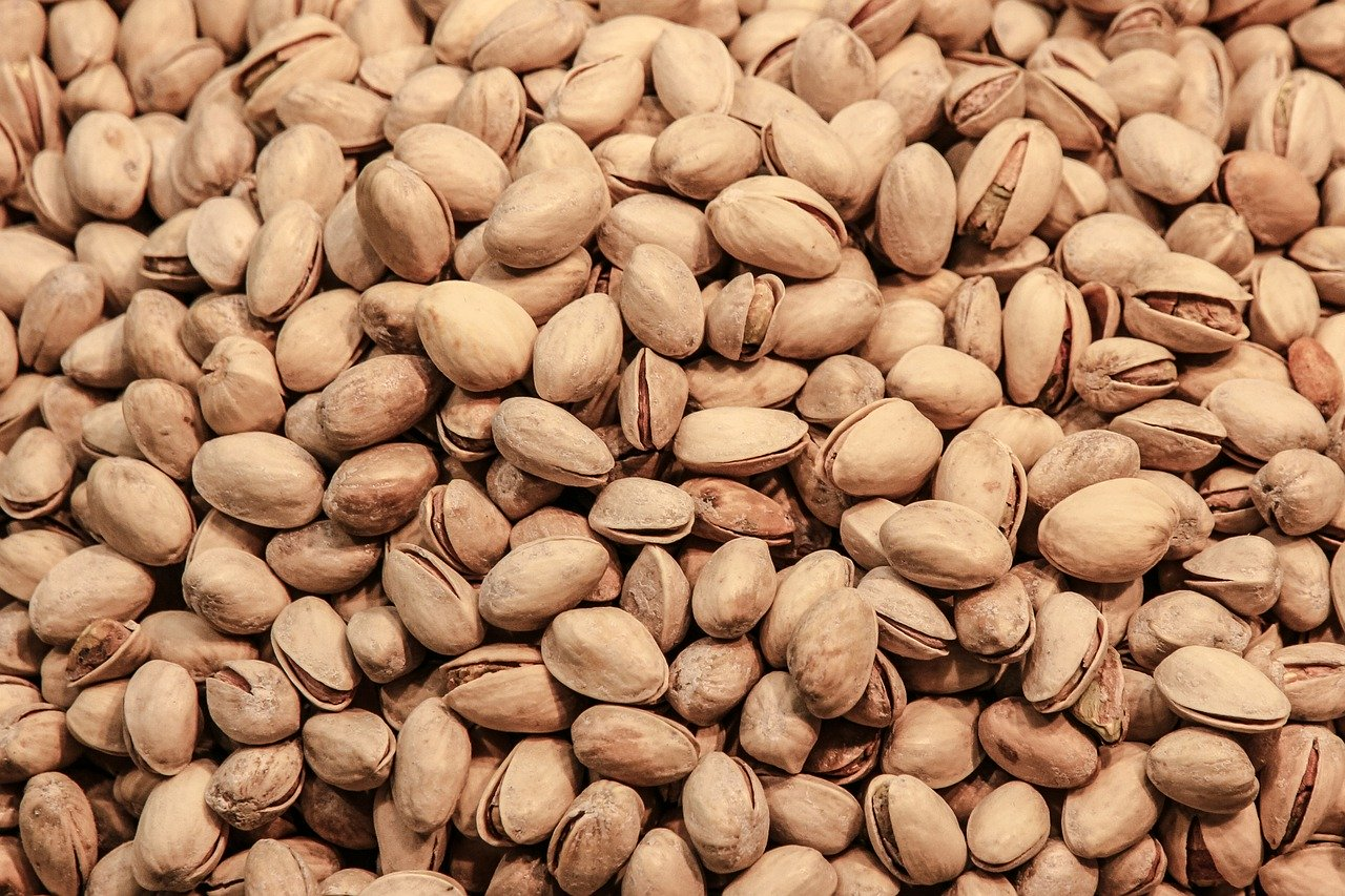 Corona pandemic and its affects on iran pistachio production