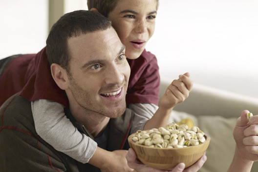 Pistachios for kids and it's benefits